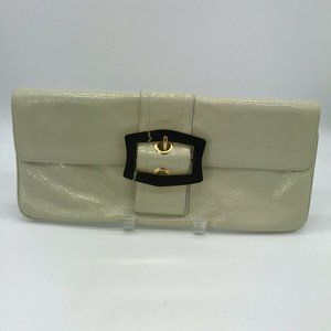 HOBO International Ivory Patent Clutch